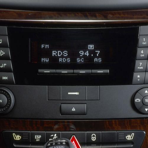 Sistem audio radio/CD compatibil MP3