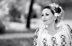 La ceas de sărbătoare, Emilia Ghinescu dă ritmul!