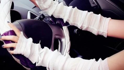 Elegante și la volan. Ce mănuși folosim când conducem?