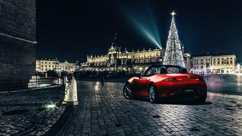 Cai putere sau reni putere? Rudolf deghizat în Mercedes în noaptea în care Nissan a salvat Crăciunul