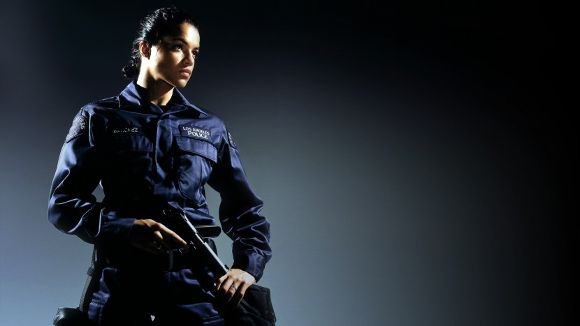 women-uniform_00287025