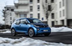 Înapoi în viitor cu BMW i3 – Jucărie pe baterie