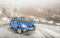 Dacia Sandero Stepway – Hai afară la zăpadă!