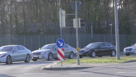Convoi de limuzine Mercedes-Benz S-Class facelift surprins în teste