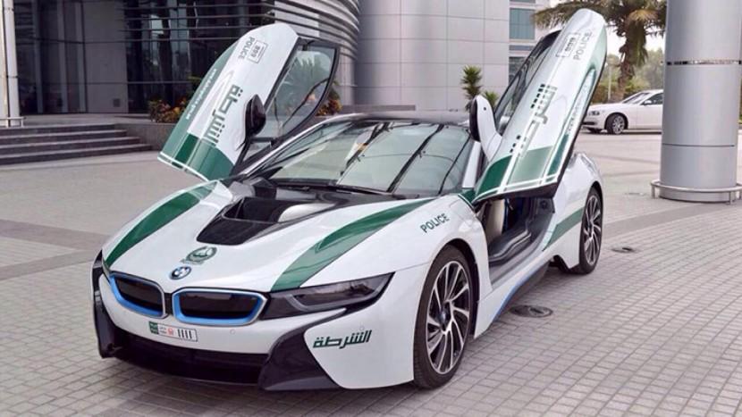 BMW i8 mașini de poliție