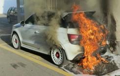 Grătar pe roți – Un Audi A1 Quattro ia foc în Elveția