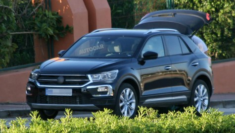 Volkswagen T-Roc, un mini-SUV perfect pentru femei
