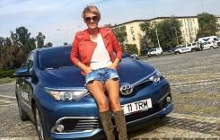 """CARMEN NEGOIȚĂ: """"Designul unei mașini este foarte important pentru mine!"""""""