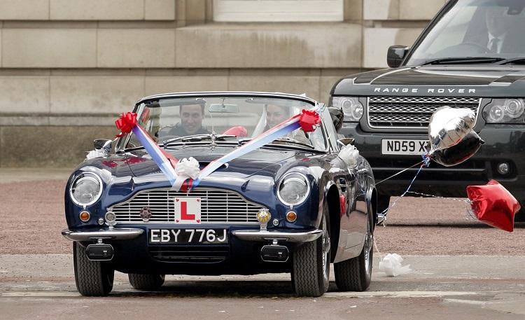 Aston Martin DB6 Volante Ducesa Kate
