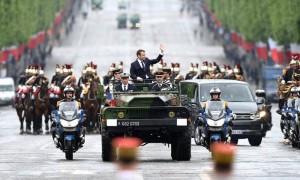 Emmanuel Macron DS7 (5)