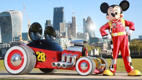 Mașina lui Mickey Mouse a ajuns la Salonul Auto de la Londra