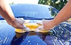 Trucuri de curățare care îți vor face mașina impecabilă