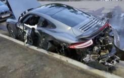 Trebuia să repare mașina, dar a făcut-o praf! Un Porsche 911 distrus de mecanic