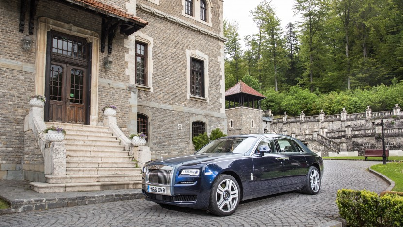 Rolls Royce Ghost 09