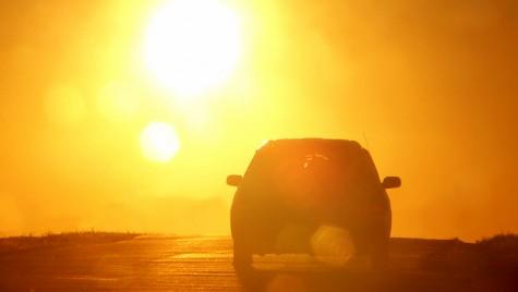 Protejează-ți mașina de caniculă