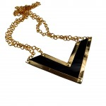 bijuterii porsche-chevron-necklace-1