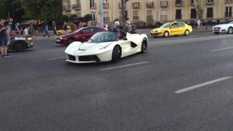 Ce nebun! Șofer de Ferrari face show în plină stradă la Budapesta, cu Afrojack în dreapta