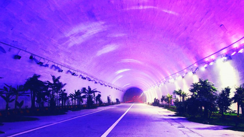 Cele mai lungi 10 tuneluri rutiere din lume