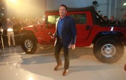 O mașină pentru Terminator – Arnold Schwarzenegger și-a luat Hummer electric