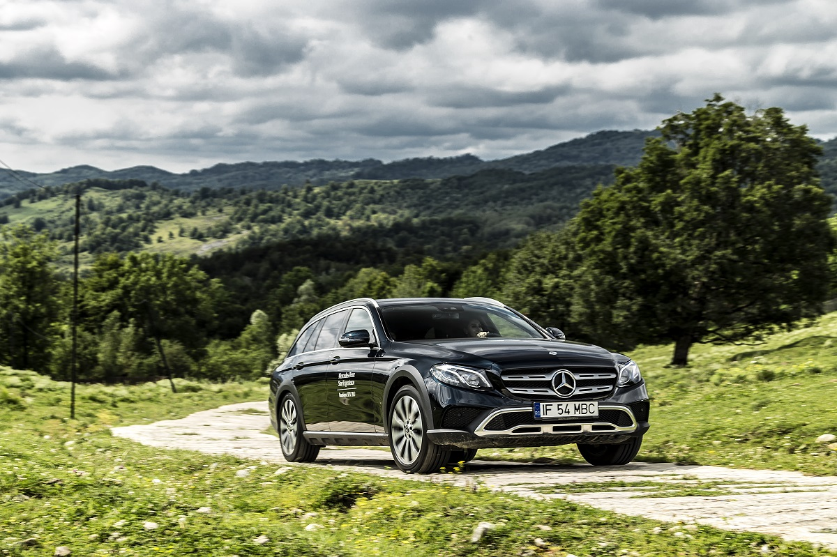 Mercedes-Benz E-Class All-Terrain (3)