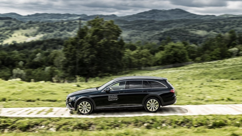 Mercedes-Benz E-Class All-Terrain (4)
