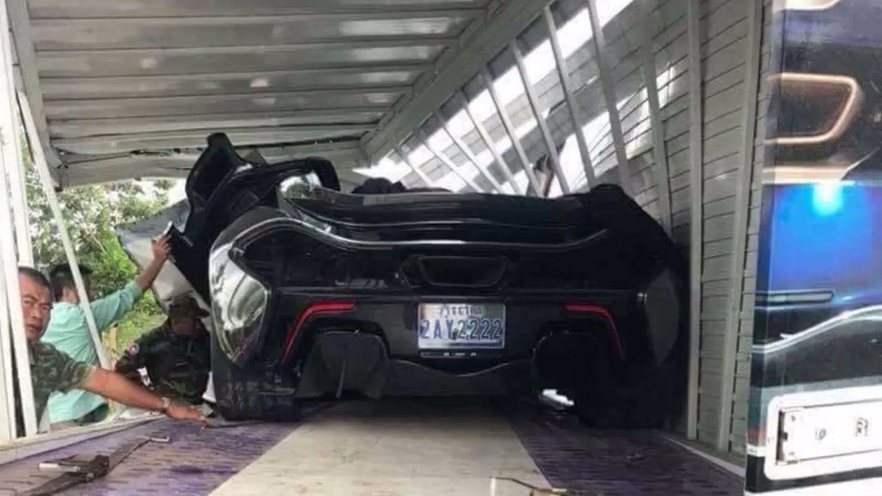McLaren P1 accident (2)