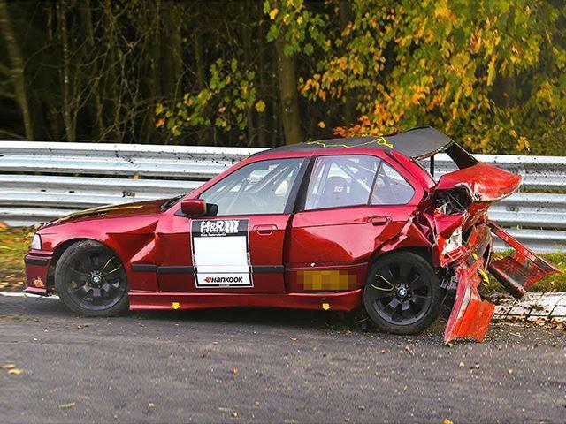 Nurburgring accident în lanț (2)