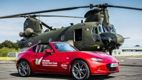 Forțele Aeriene Regale Britanice folosesc Mazda MX-5 ca să-i convingă pe tineri să se înroleze