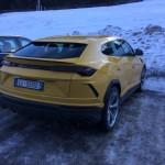 Lamborghini Urus pe strada (1)