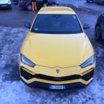 Lamborghini Urus pe strada (2)