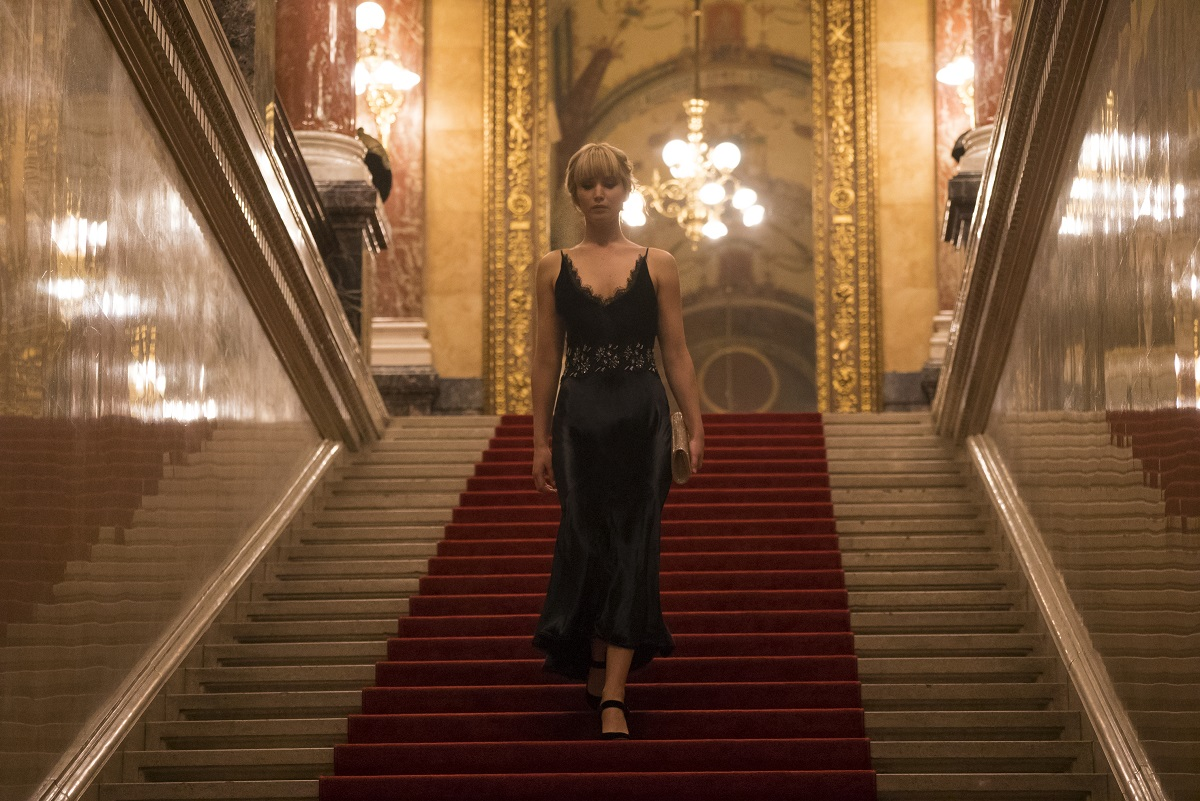 Jennifer Lawrence BMW Seria 7 Red Sparrow