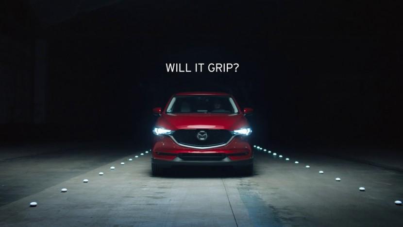 Mazda cuburi de gheata