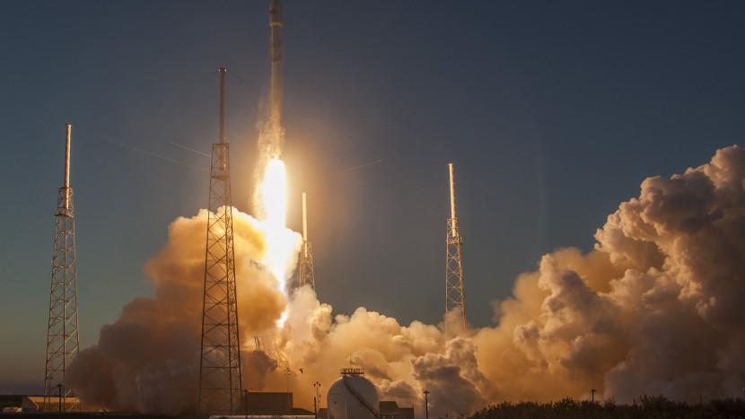 Elon Musk SpaceX Falcon Heavy