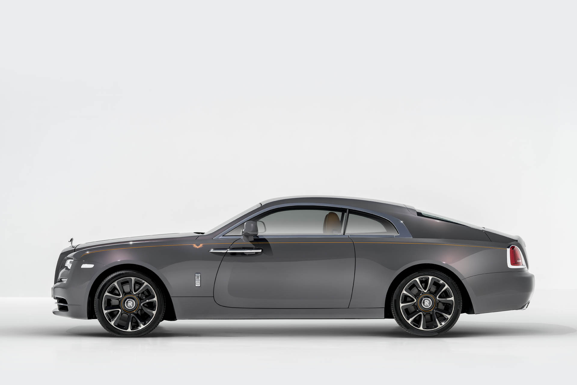 Rolls-Royce Wraith Luminary Edition (2)