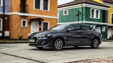 Test drive Hyundai i30 Fastback: Într-o ligă proprie