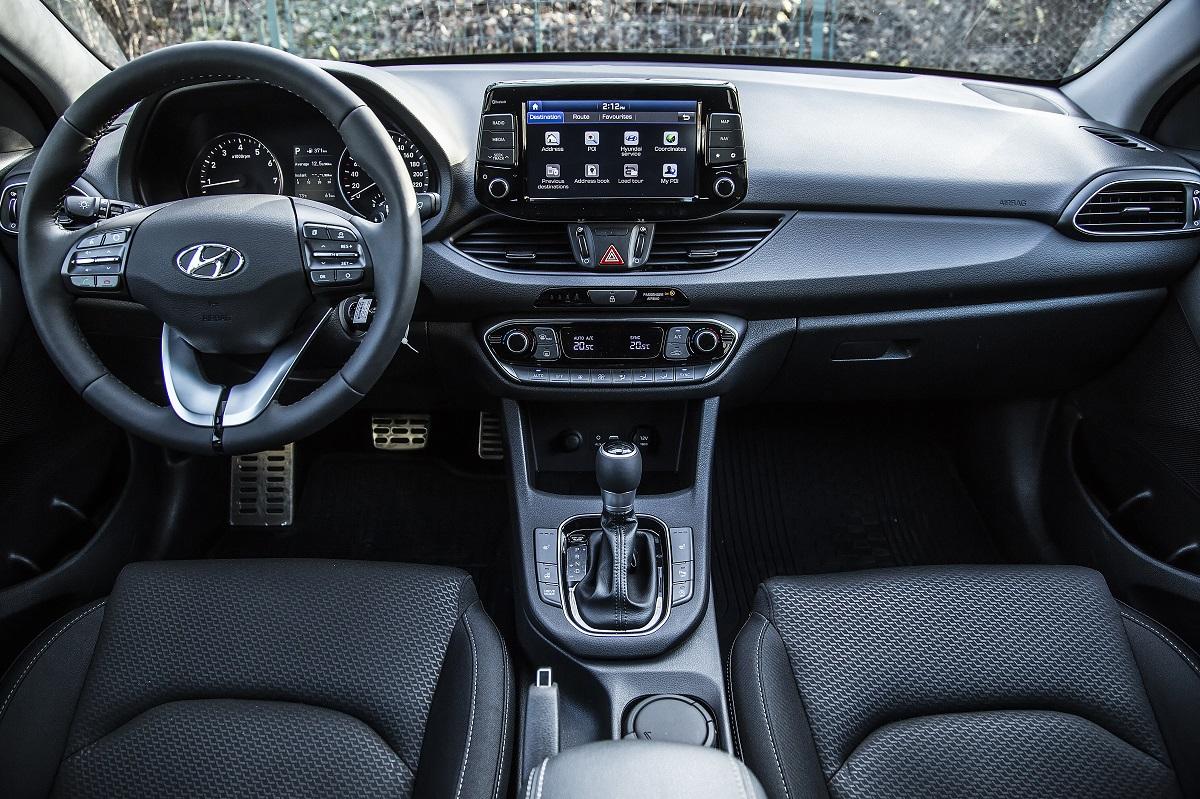 Hyundai i30 Fastback (2)