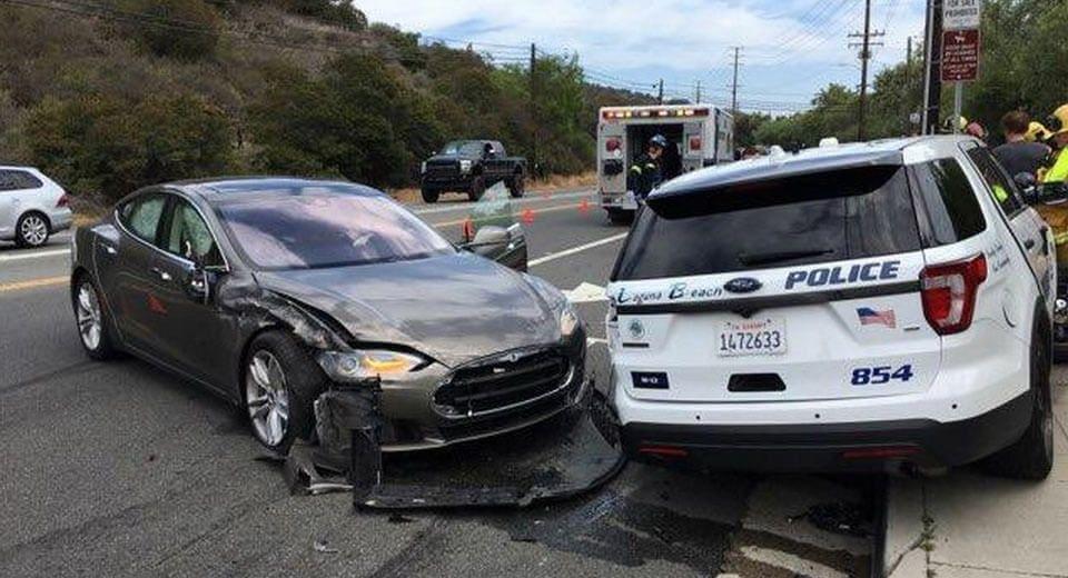 Tesla Model S accident (1)