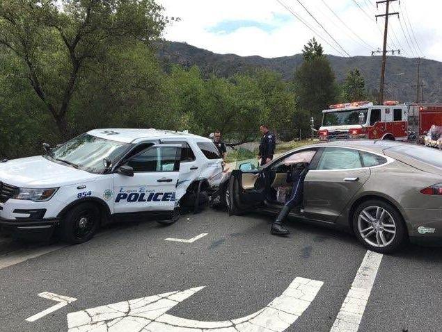 Tesla Model S accident (3)