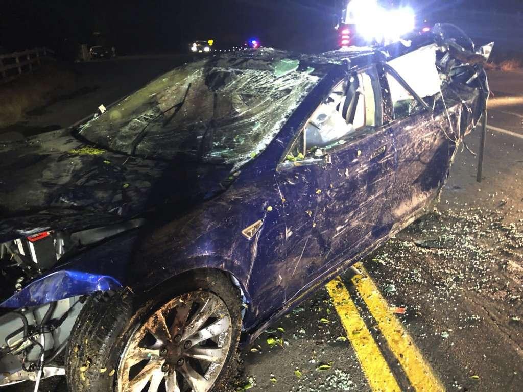 Tesla Model S accident.4jpeg