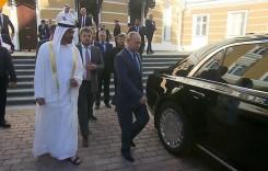 Putin se dă mare! Îi arată limuzina sa prințului de la Abu Dhabi