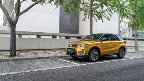Suzuki Vitara facelift, mai modern, mai… turbo