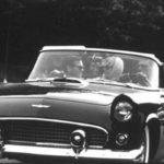 Marilyn Monroe Ford Thunderbird (1)