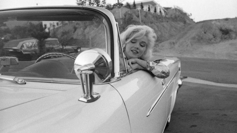Marilyn Monroe Ford Thunderbird (4)
