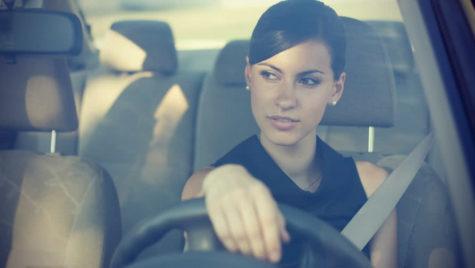 Ce spune modul în care ții mâna pe volan despre tine