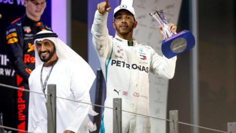 Lewis Hamilton a fost răpit la Abu Dhabi. Cine este răpitorul?