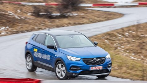 Test drive Opel Grandland X 2.0 Turbo D AT 8 – eXtemporal