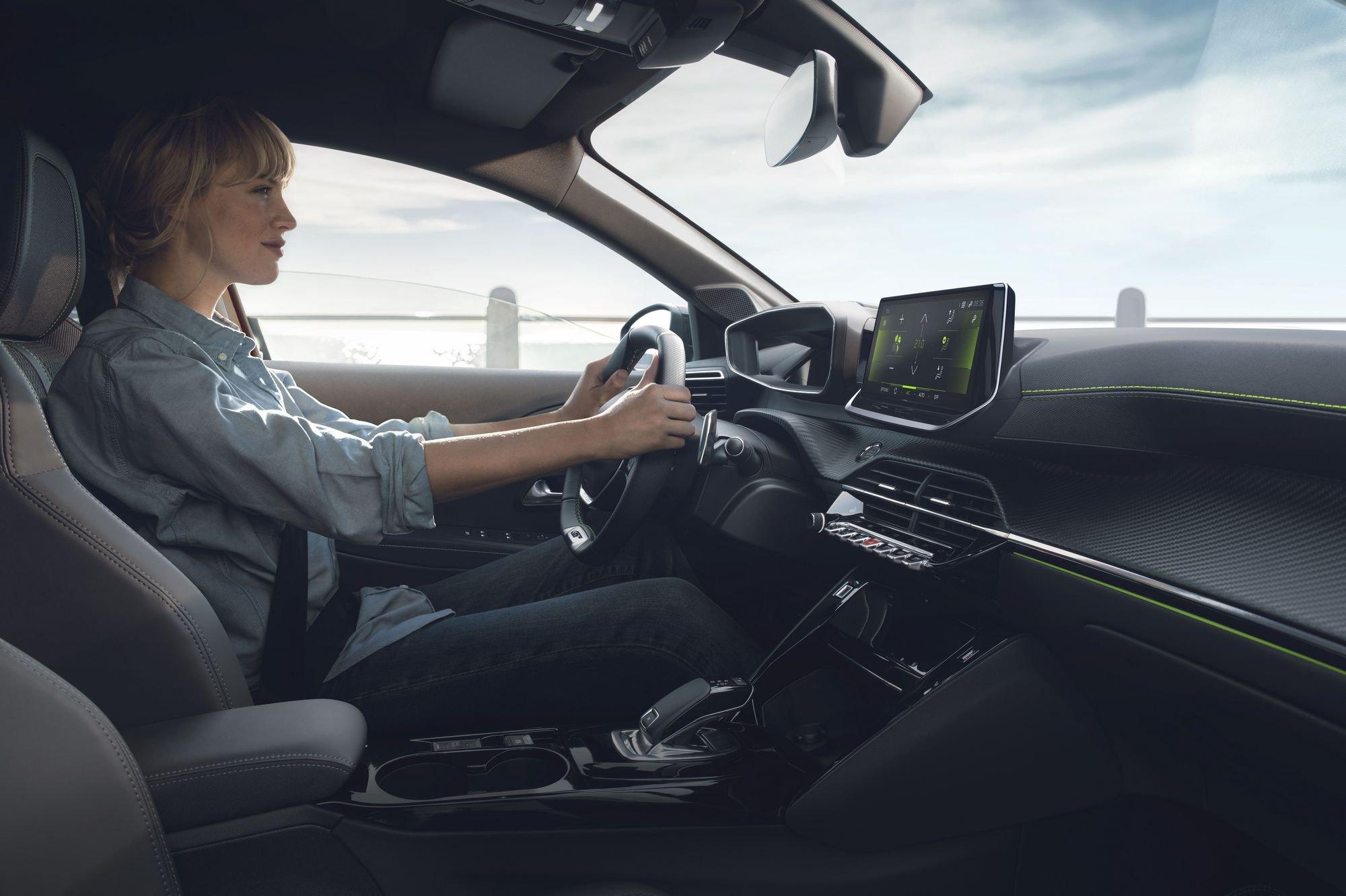 Noul Peugeot 208 (32)