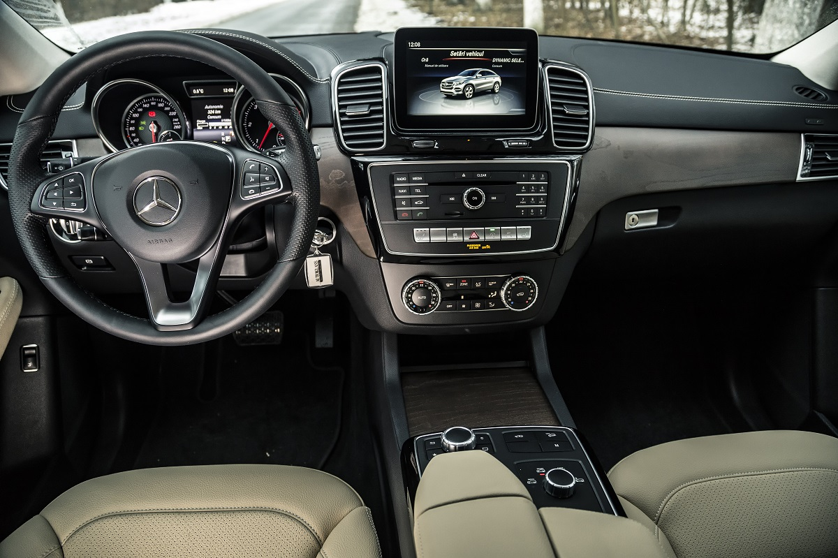 Test drive Mercedes-Benz GLE 350 d 4MATIC Coupé (8)