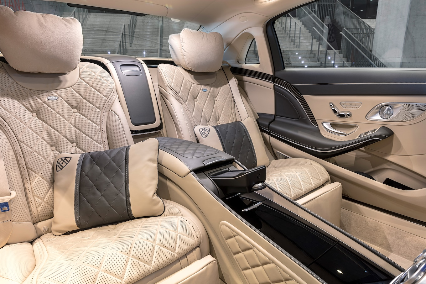 Maybach interior 2