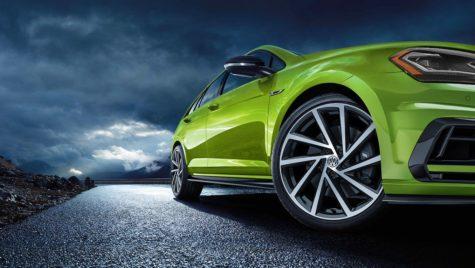 Ce culori preferă românii când cumpără o mașină?